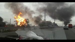 مهار آتش سوزی در خط لوله گاز اهواز
