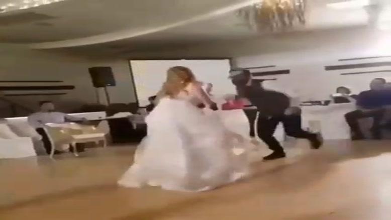 رقص متفاوت عروس و داماد