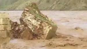 تخریب یکی از ستویهای پل هزار ساله کشکان