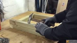 آموزش ساخت گلدان بزرگ چوبی در ایمن ترافیک