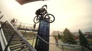 پرش دوچرخه در مقابل حرکات پارکور