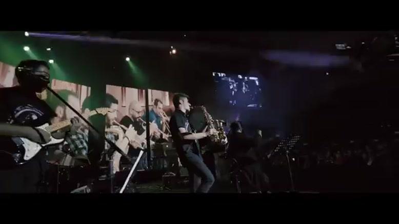 رضا صادقی - مشکی رنگ عشقه - اجرای زنده