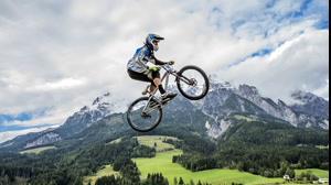 مجموعه زیباترین حرکات نمایشی  و  خیره کننده با دوچرخه در کوهستان