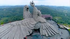 نماشا - پارک جنگلی جاتایو هند با بزرگترین مجسمه پرنده در دنیا