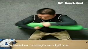 تماشا - مردی که با بادکنک هنرش را به رخ می کشد