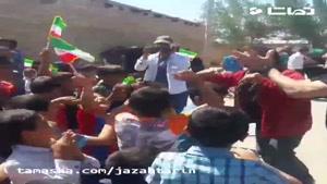 تماشا - رقص رضا کیانیان برای کودکان سیل زده !