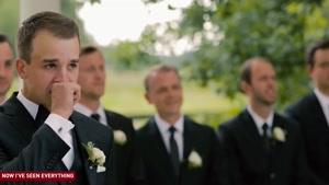 لحظات احساسی  و پرهیجان دیدار اول داماد و عروس درلباس عروسی
