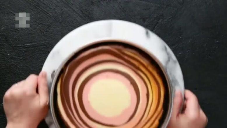 طرز تهیه کیک شکلاتی 3 رنگ