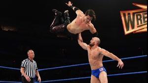 مسابقه 205 WWE : آکیرا توزاوا در مقابل هامبرتو کاریلو