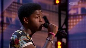 اجرای زیبای خواننده سیاه پوست در american got talent