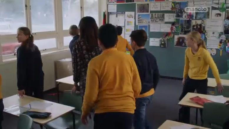 سریال آقای دکتر دوبله فارسی فصل ۳  قسمت پنج