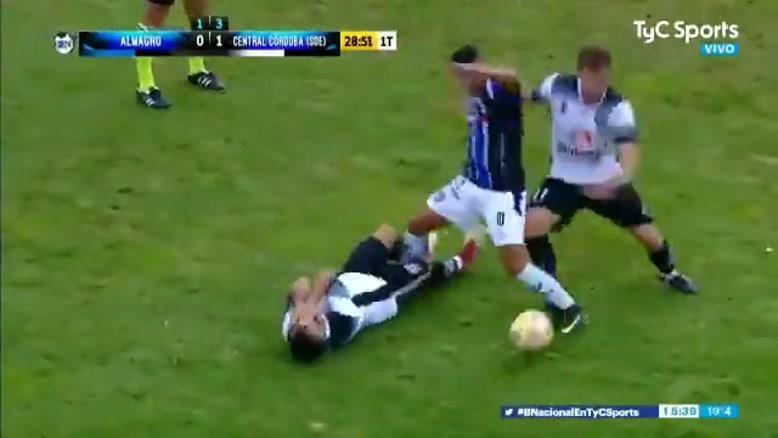 جنگه مگه؟ کلیپی از بازی پلی اف آرژانتین
