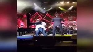 اجرای آهنگ «خلوت» گوگوش توسط امیر عباس گلاب