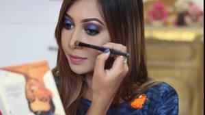 کلیپ آموزش آرایش صورت مناسب لباس آبی + سایه چشم تیره