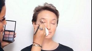 آموزش آرایش صورت مناسب مو کوتاه و اسپرت