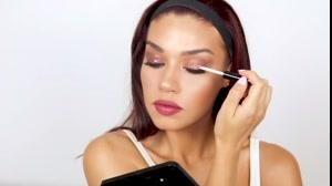 کلیپ  آموزش خودآرایی+ آرایش شاینی چشم