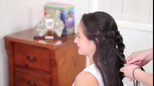 کلیپ آموزش بافت مو مدل گل + متد جدید بافت مو
