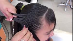 کلیپ  آموزش جدیدترین روش بافت مو  +بافت حصیری مو