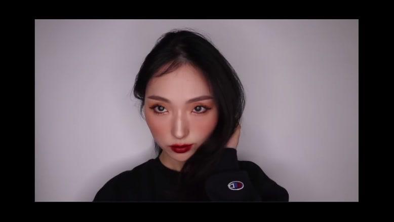 فیلم آموزش آرایش دخترانه سبک کره ای + آرامیس مد