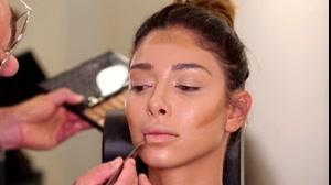 فیلم آموزش ترفندهای آرایش برنزه به کارآموزان