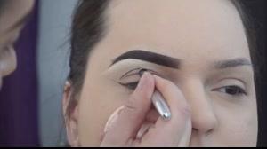 فیلم  آموزش حرفه ای آرایش  چشم + سایه چشم اسموکی