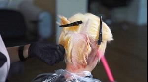کلیپ آموزش رنگ کردن مو کوتاه +رنگ مو رزگلد