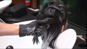 کلیپ آموزش هایلایت کردن مو + بابلیس کشیدن مو