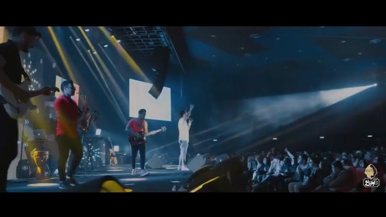 اجرای زنده ی آهنگ کوکه حالم  از سینا درخشنده