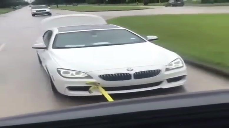 وقتی به شوهر عمت میگی ماشینتو بُکسل کنه !