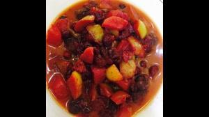 طرز تهیه خورشت سیب و آلبالو
