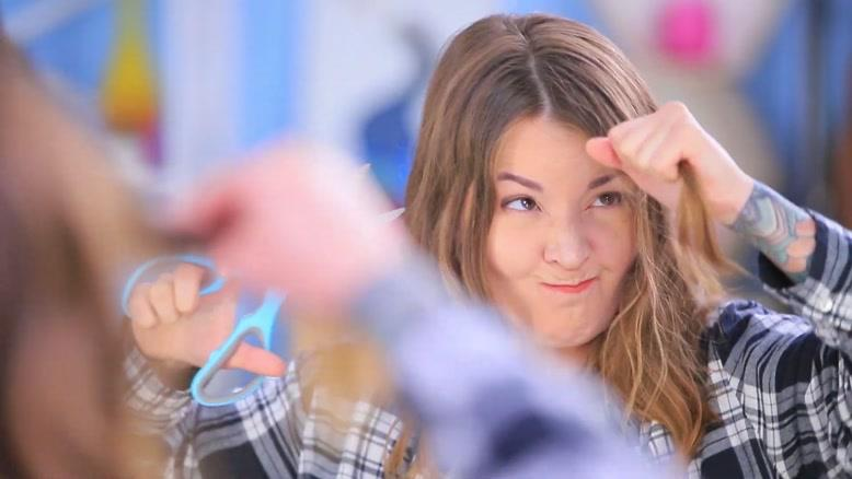 ۱۴ نکته در مورد استایل مو که دختران باید بدانند