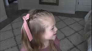 کلیپ بافت مو دخترانه ساده و زیبا در خانه