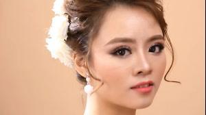 فیلم آموزش گریم و میکاپ عروس سبک آسیایی