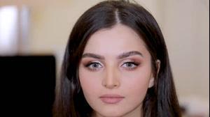 کلیپ آموزش آرایش خاص و زیبا + سایه چشم لایت