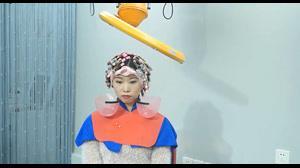 فیلم آموزش کامل فر کردن دائم مو + رنگ مو روشن