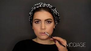 آموزش آرایش برنزه ای با رنگ های گرم