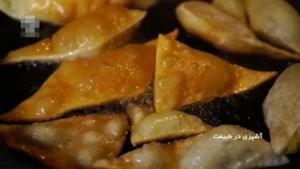 طرز تهیه خوراک گوشت چرخ کرده با نان پیراشکی