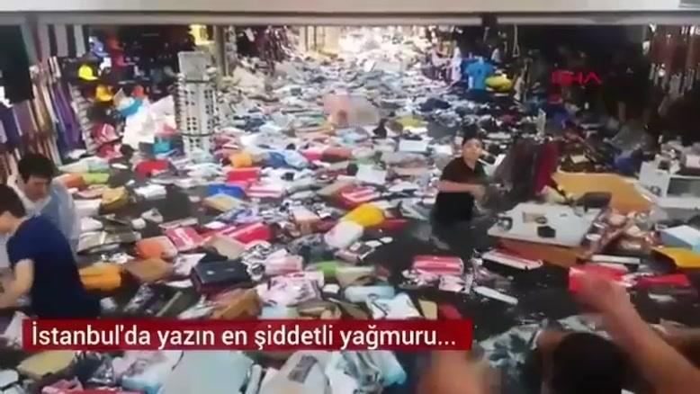 وقوع سیل در شهر استانبول ترکیه