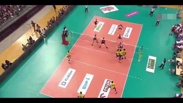 خلاصه والیبال برزیل - لهستان