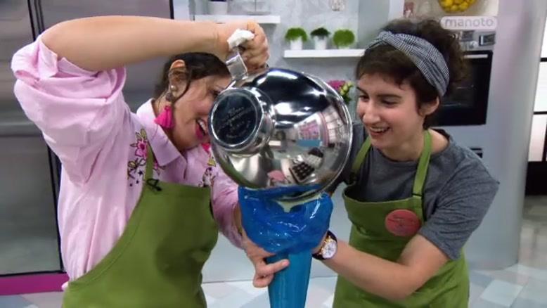 برنامه مسابقه شیرینی پزی کیک میک قسمت ۴ مهمانی بچهها