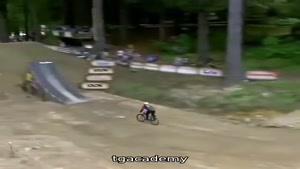 دیگه داریم مگه بهتر از این دوچرخه سوار