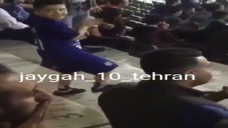کلیپی از  عماد صفیاری کودک فوت شده در استادیوم آزادی