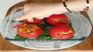 طرز تهیه دلمه گوجه فرنگی با سبزیجات