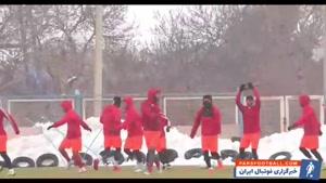 تراکتوری ها زیر بارش برف تمرین کردند + ویدیو