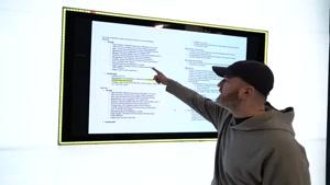 سایت آپارات  مقایسه سیستم بازی ایکس باکس با پلی استیشن