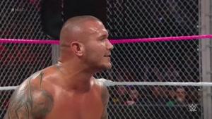 مبارزه جان سینا و رندی اورتون در قفس