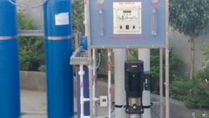 تصفیه آب صنعتی (دستگاه 10 متر مکعب در شبانه روز)