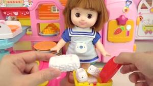 عروسک بازی کودکانه با موضوع غذای کودک