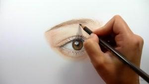 آموزش طراحی چشم زیبا با مداد رنگی