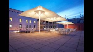 آلاچیق های شخصی و عمومی سقف های مدرن ویژه رستوران | پوشش فضا